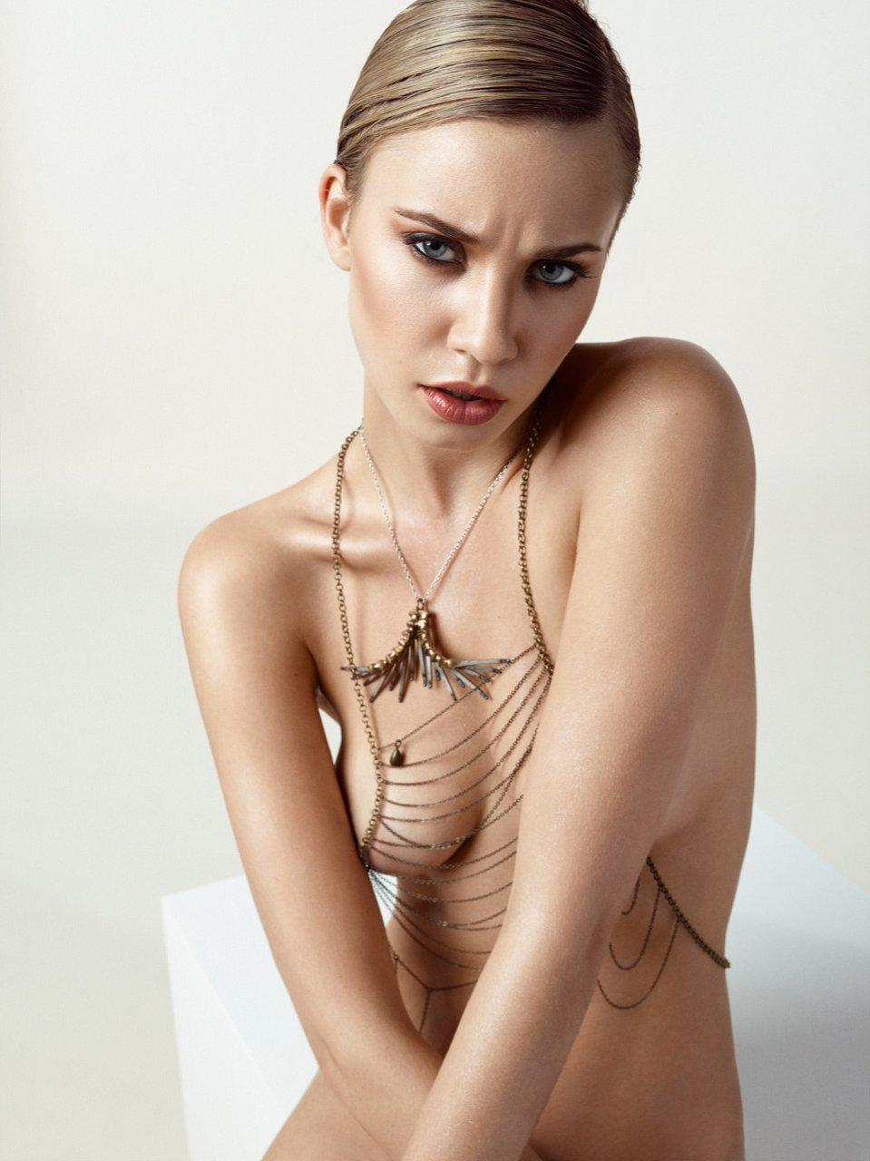 One beautiful model naked Jody the