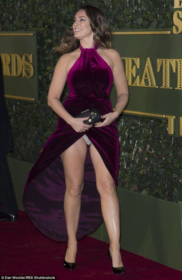 Kelly Brook's Panties (9 Photos)