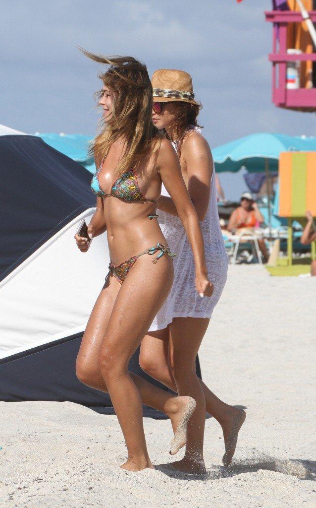 Paparazzi Laura Lundsgaard  nudes (78 photos), YouTube, swimsuit
