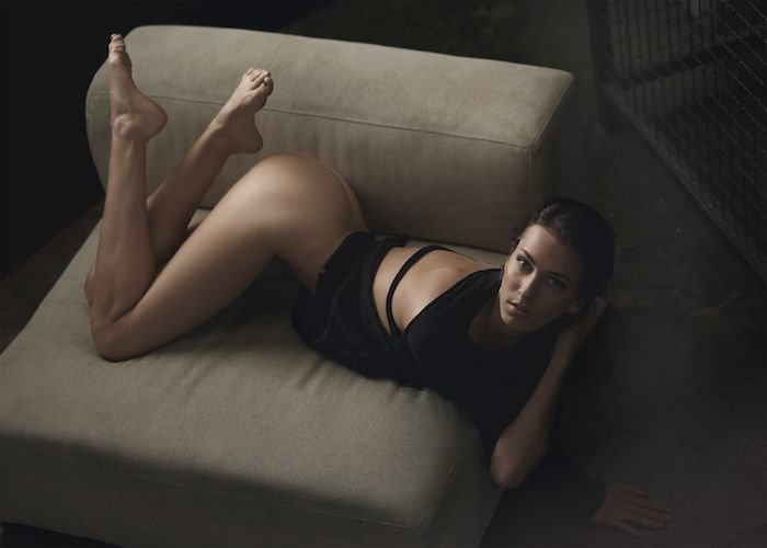 Stephanie Moore Topless (2 Photos)