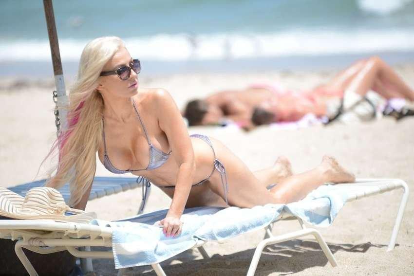 Ana Braga Sexy (39 Photos)