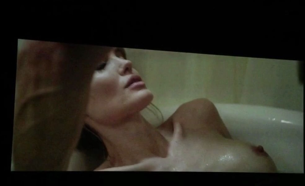 Angelina Jolie'S Nude Videos Of Titanic 120