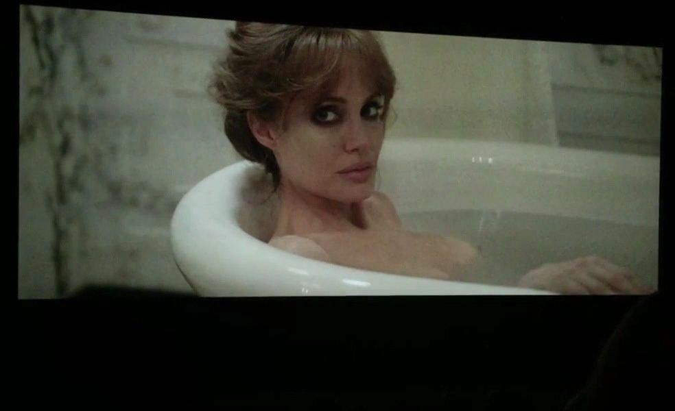 Angelina-Jolie-Topless-8