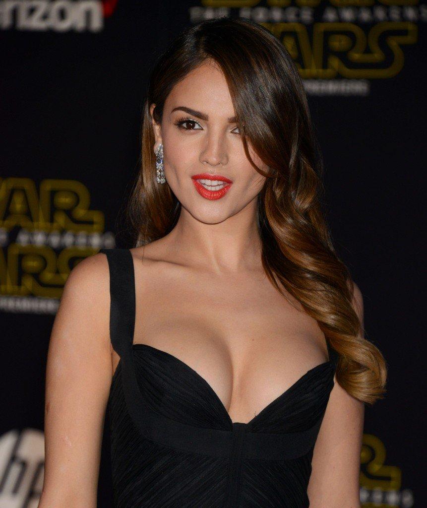 Eiza-Gonzalez-Sexy-3