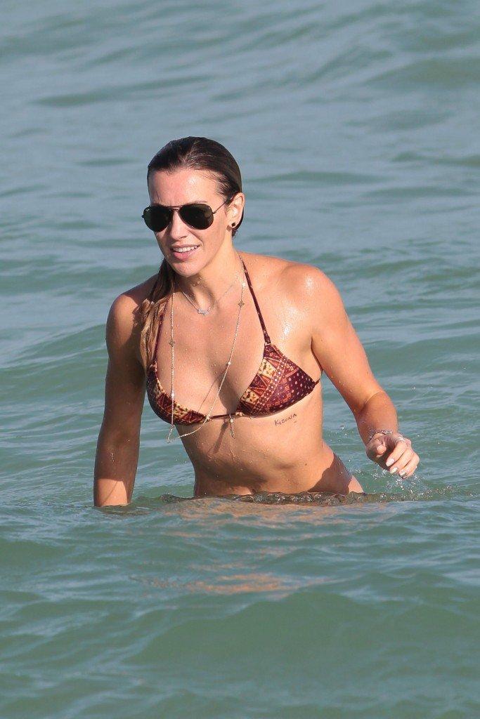 Katie Cassidy in a Bikini (34 Photos)