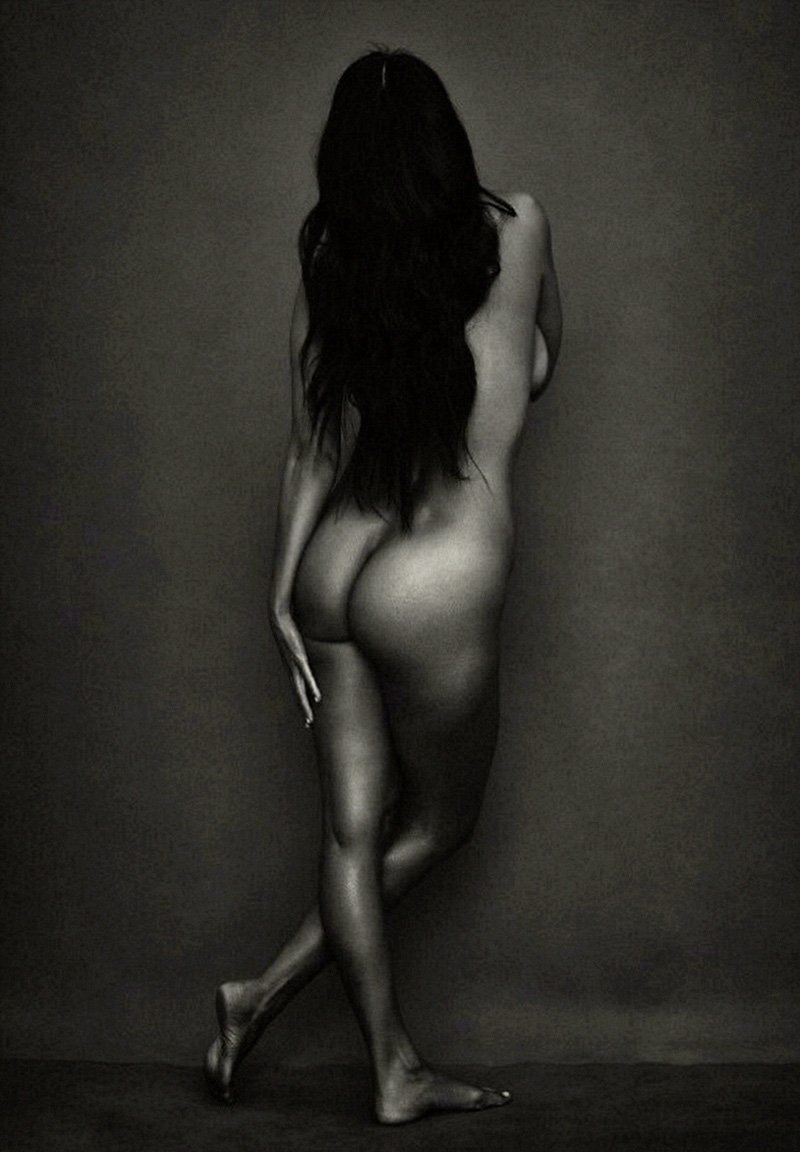ass Kourtney kardashian naked