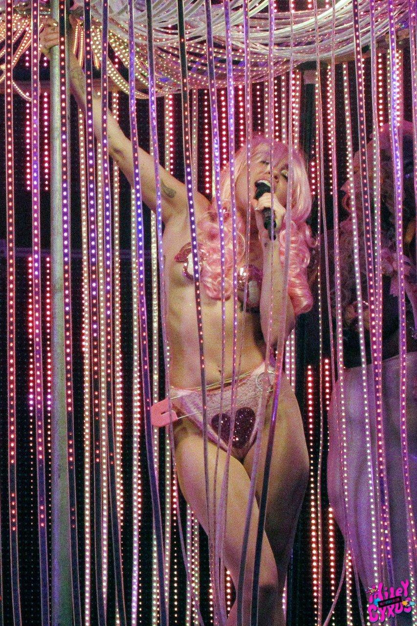 Miley cyrus porn site