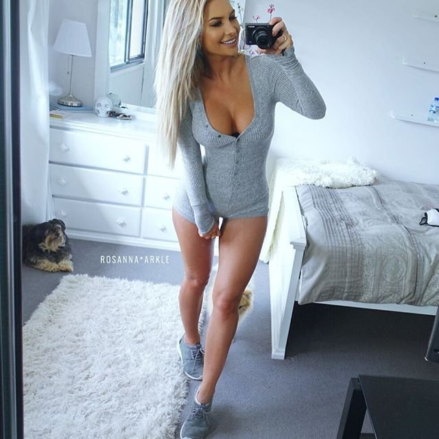 Rosanna-Arkle-Sexy-Nude-Topless-17