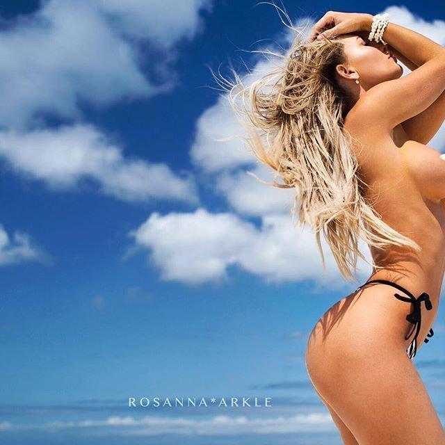 Rosanna-Arkle-Sexy-Nude-Topless-47