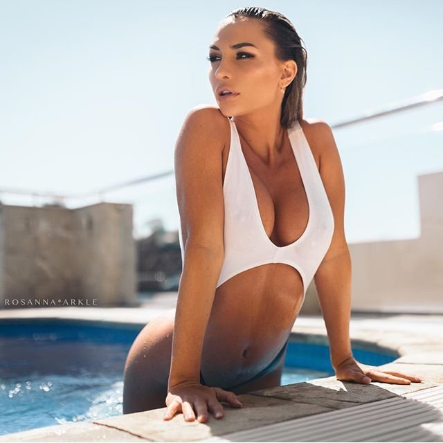 Rosanna-Arkle-Sexy-Nude-Topless-50