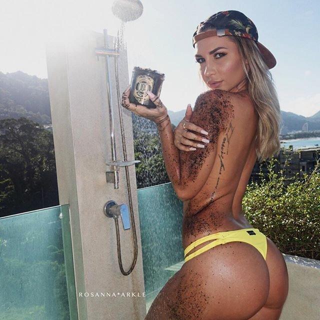 Rosanna-Arkle-Sexy-Nude-Topless-86