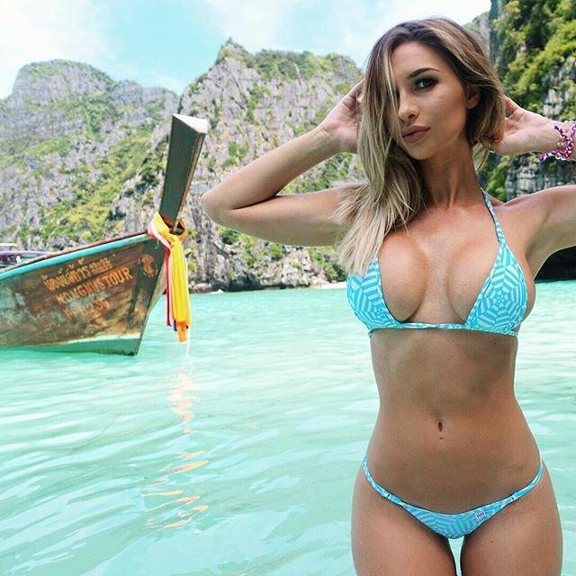 Rosanna-Arkle-Sexy-Nude-Topless-87