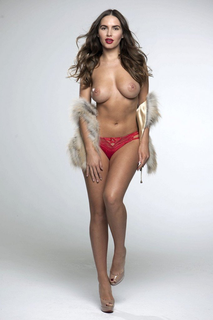 Sabine Jemeljanova Topless (3 Photos – Page3)
