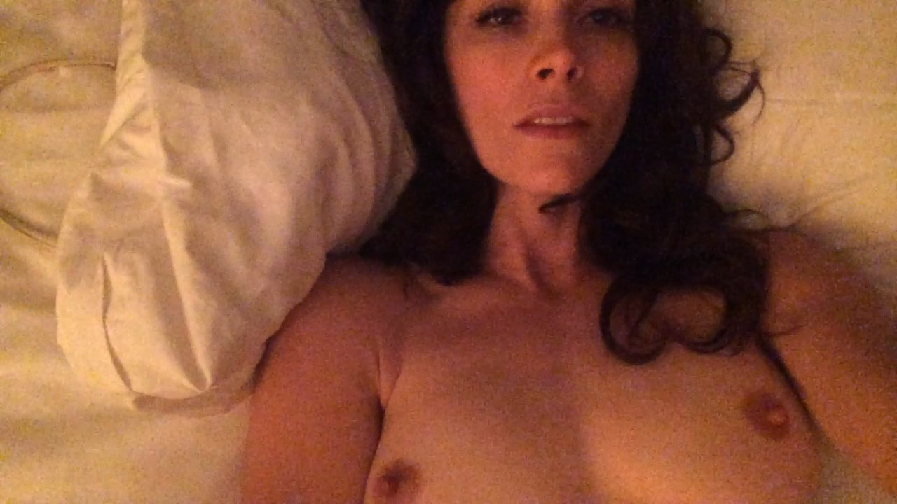 Abigail spencer new nude masturbation 5