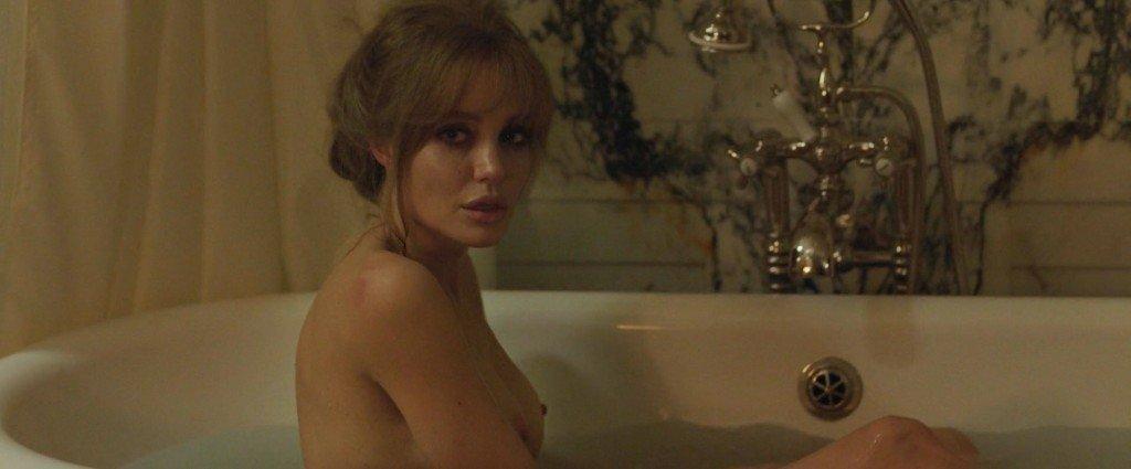Celeb Angilena Joulie Nude Pic