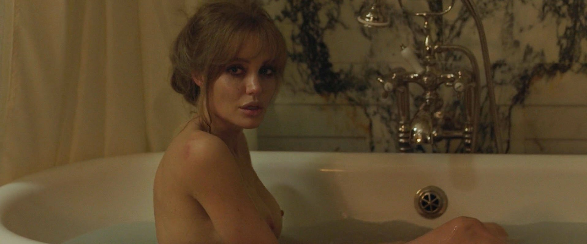 Best Angelina Jolie Nude Photo Gia Pic