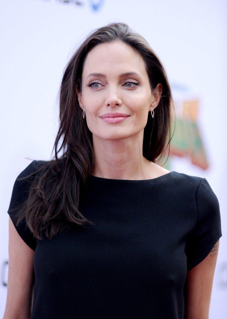 Angelina Jolie Pokies (18 Photos) | #TheFappening Angelina Jolie