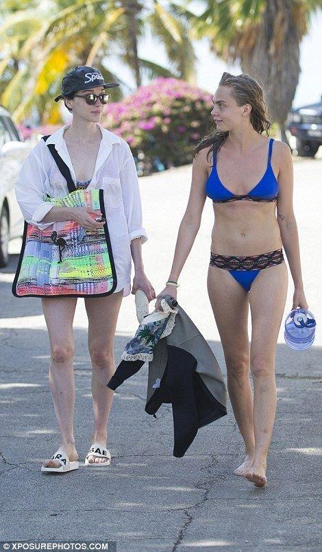 Cara Delevingne in a Bikini (17 Photos)   #TheFappening