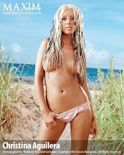 Christina-Aguilera-Topless-49