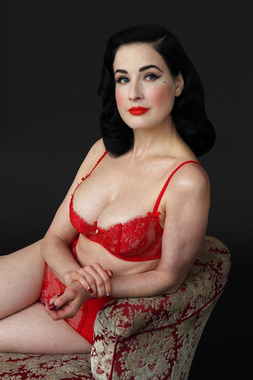 Dita Von Teese Porn Clip 66
