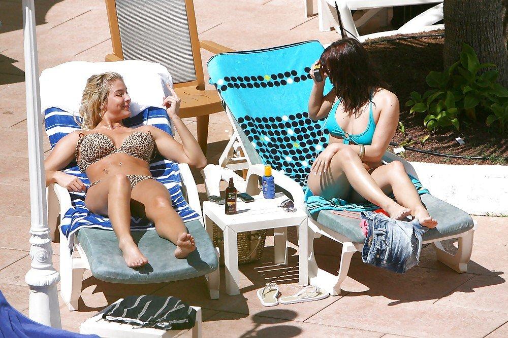 Gemma Atkinson & Roxanne Pallett Sexy (29 Photos)