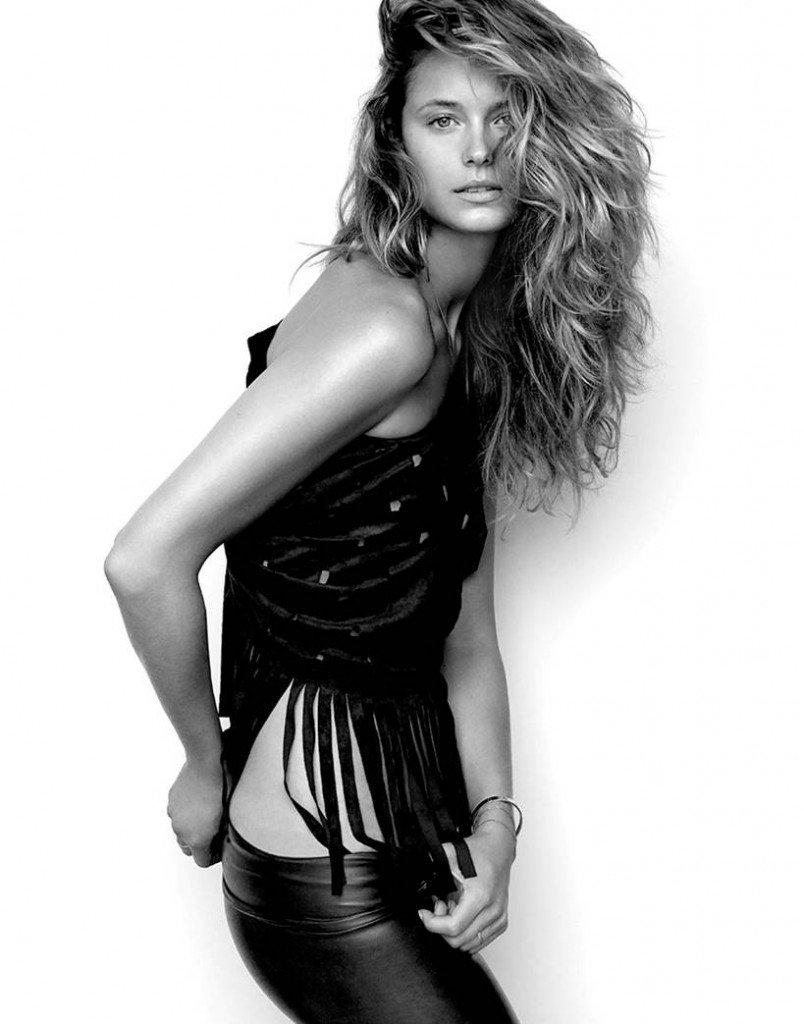 Kate Bock See Through & Sexy (6 Photos)