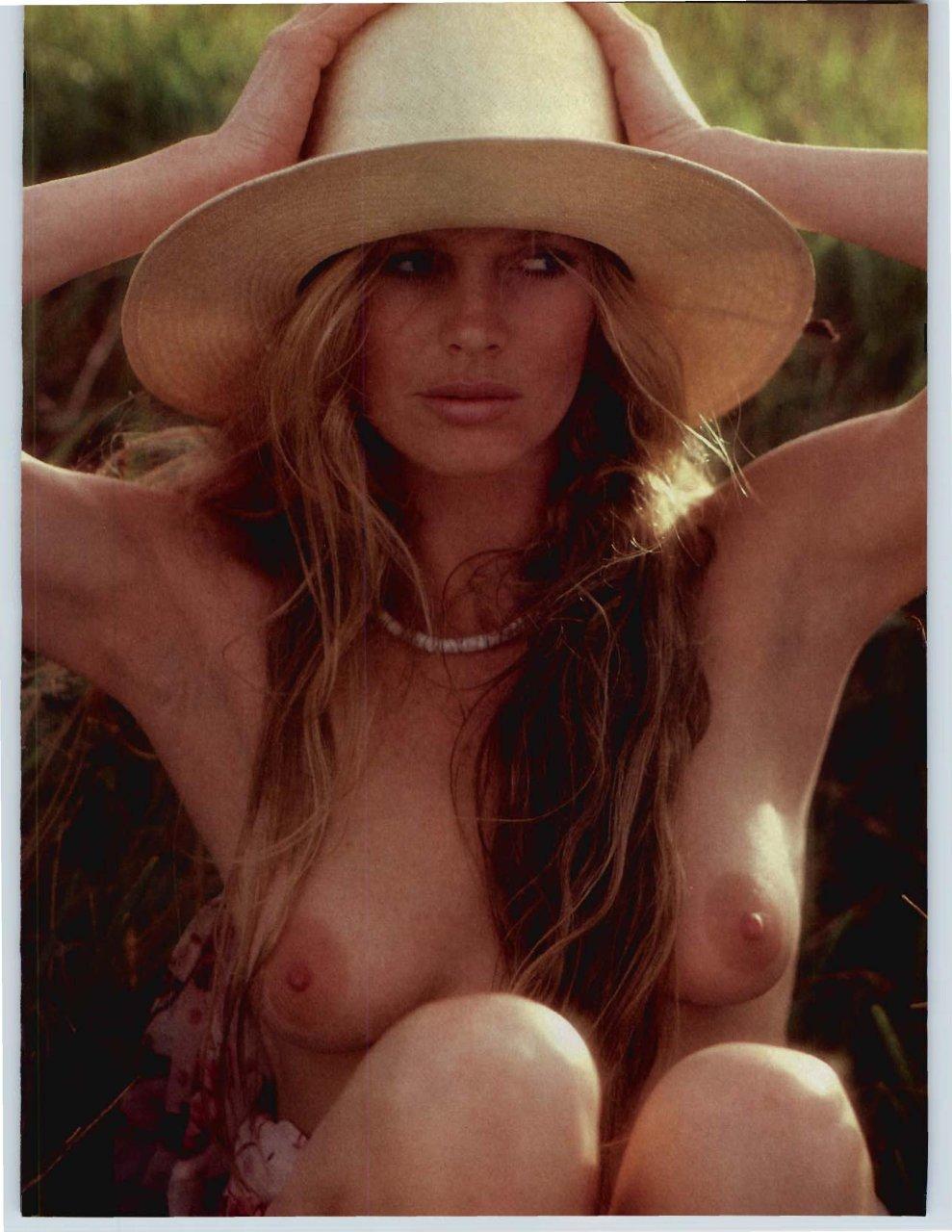 basinger nude