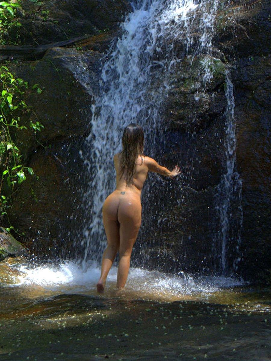 liziane gutierrez nude