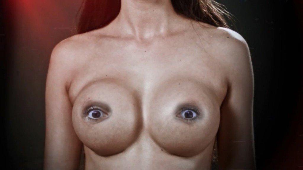 Micaela Schäfer Topless (7 Photos + Video)