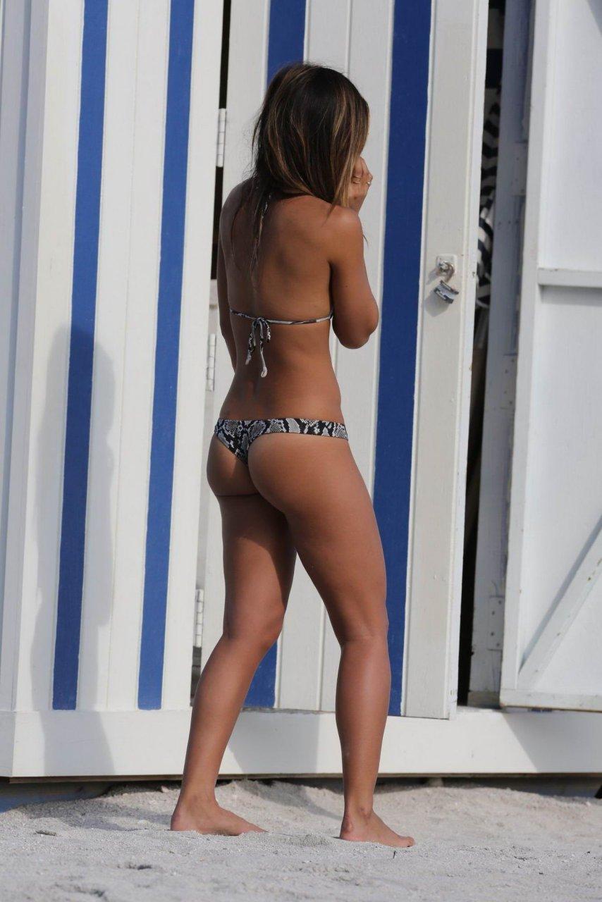 Rachel Barnes  nackt