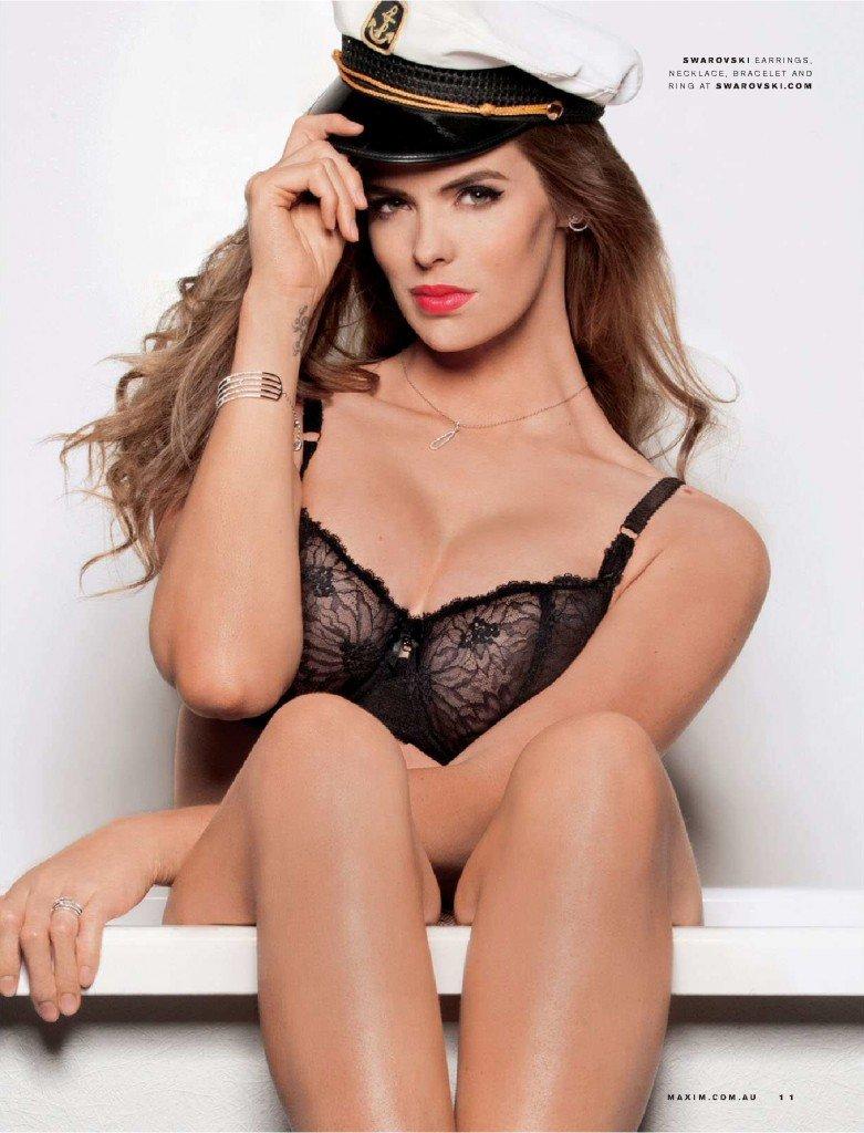 Robyn-Lawley-Sexy-6