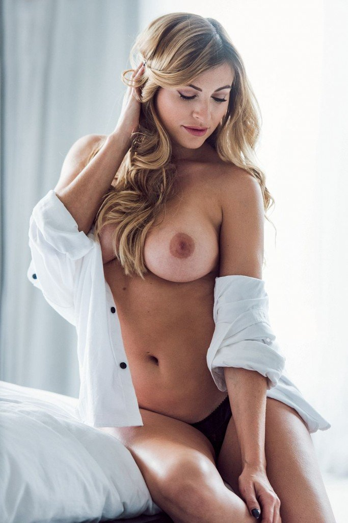 Sam Cooke Topless (4 Hot Photos – Page3)