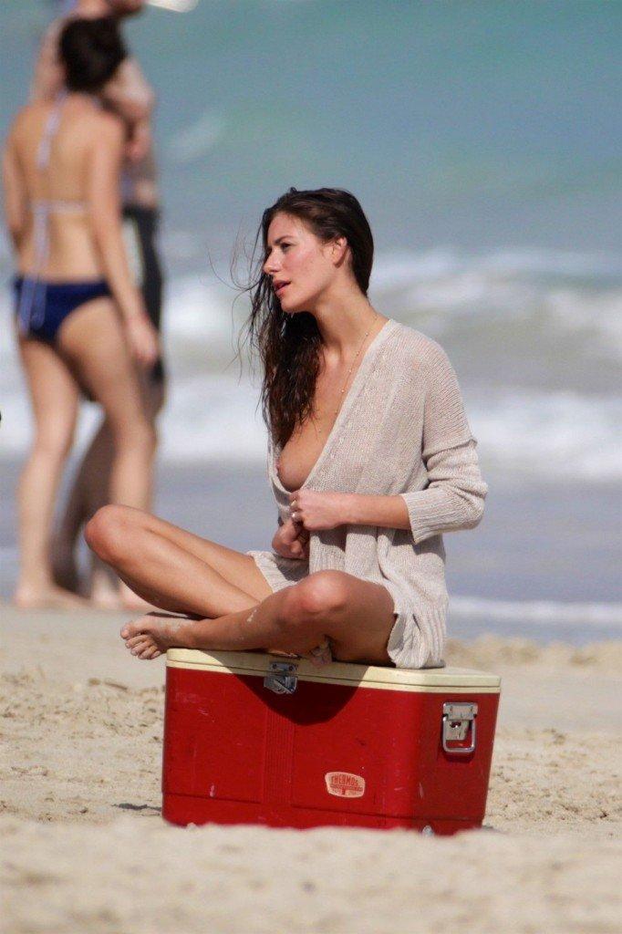 Alejandra Guilmant Topless (17 Photos)