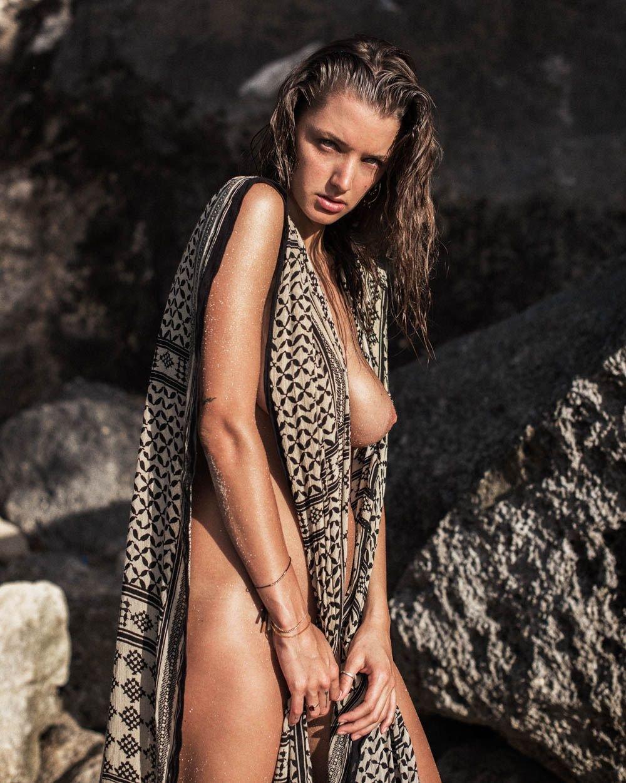alyssa arce sexy & topless (25 photos) | #thefappening