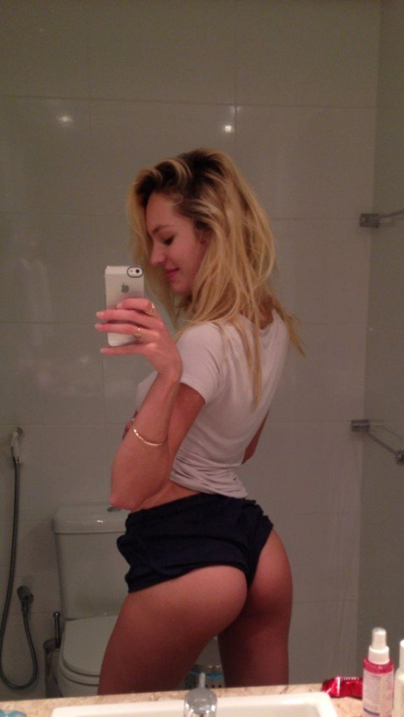 Candice-Swanepoel-Leaked-5
