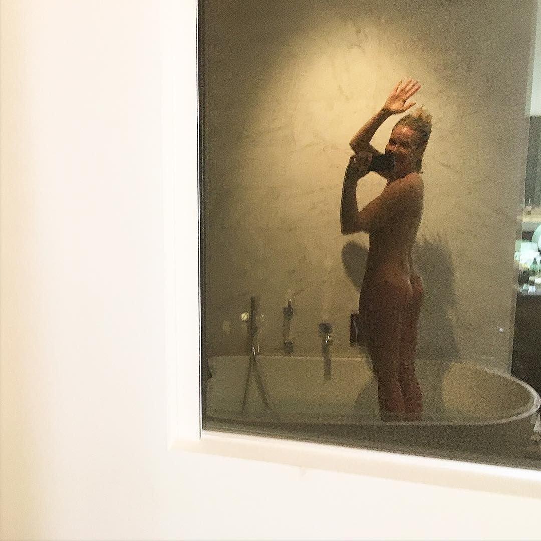 Watch Amy Adams Thong Scene FromAmerican Hustle' video