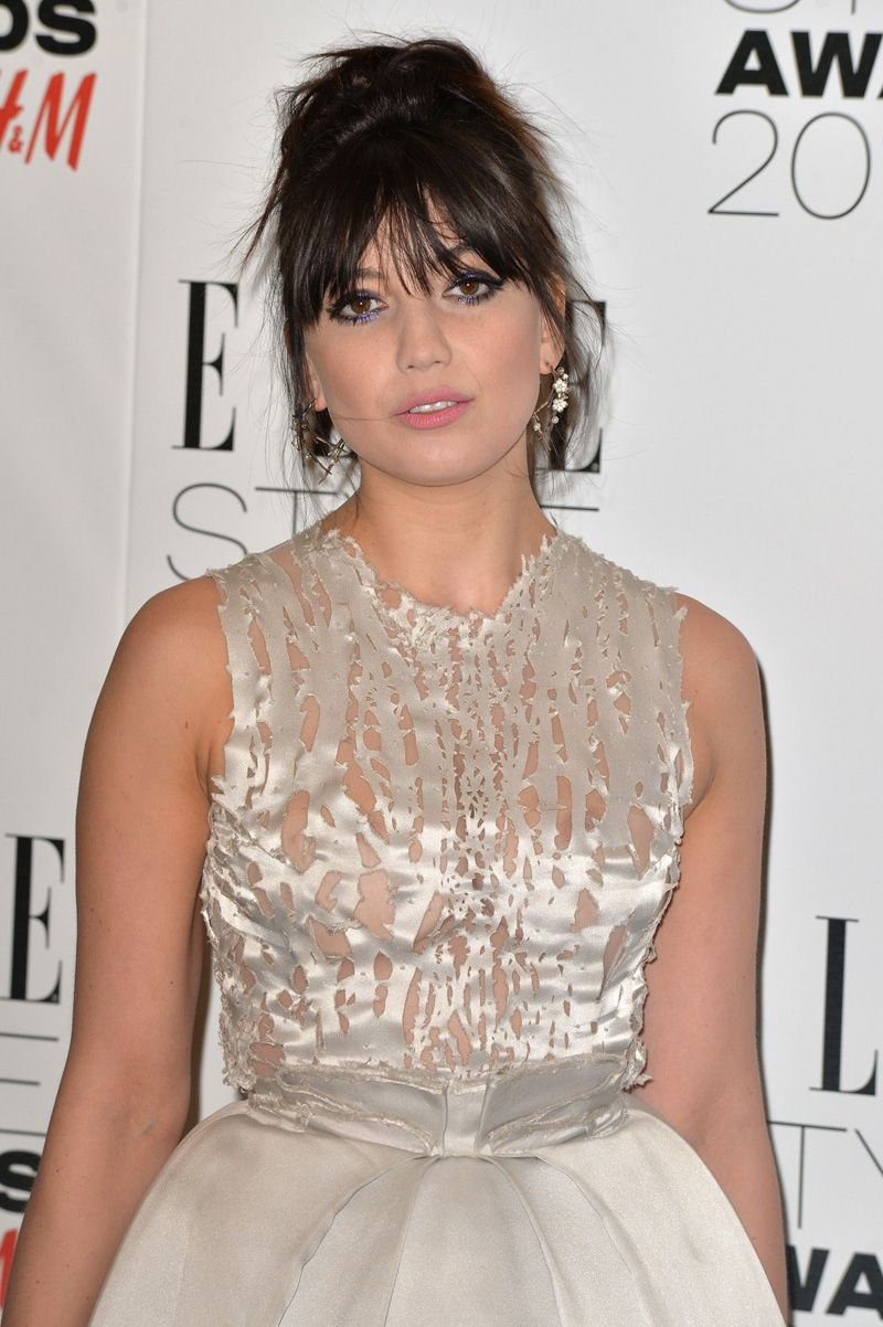 Daisy Lowe Braless (5 Photos) | #TheFappening: thefappening.so/daisy-lowe-braless-5-photos