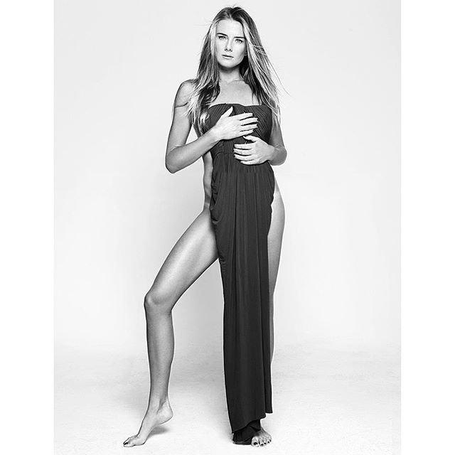 Daniela Hantuchová Nude (1 New Photo)