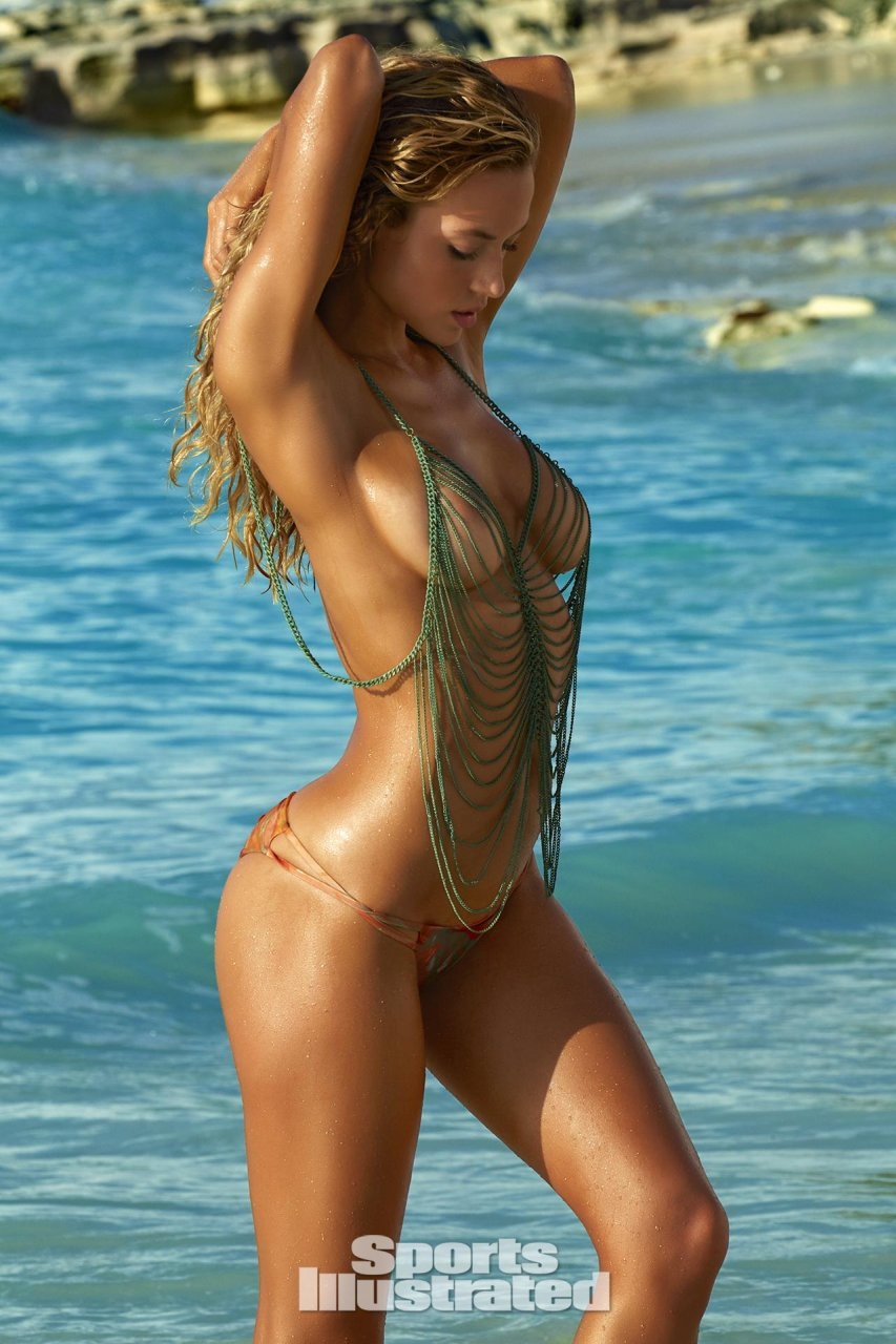 Models beautiful nude swimsuit