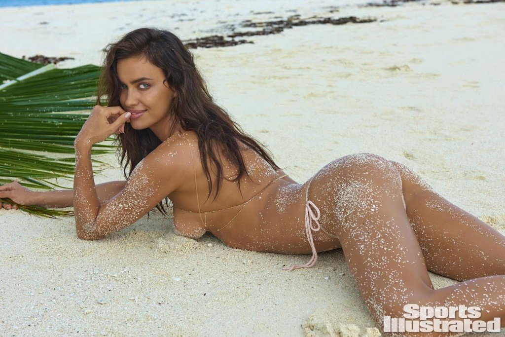 Irina-Shayk-Sexy-Topless-11