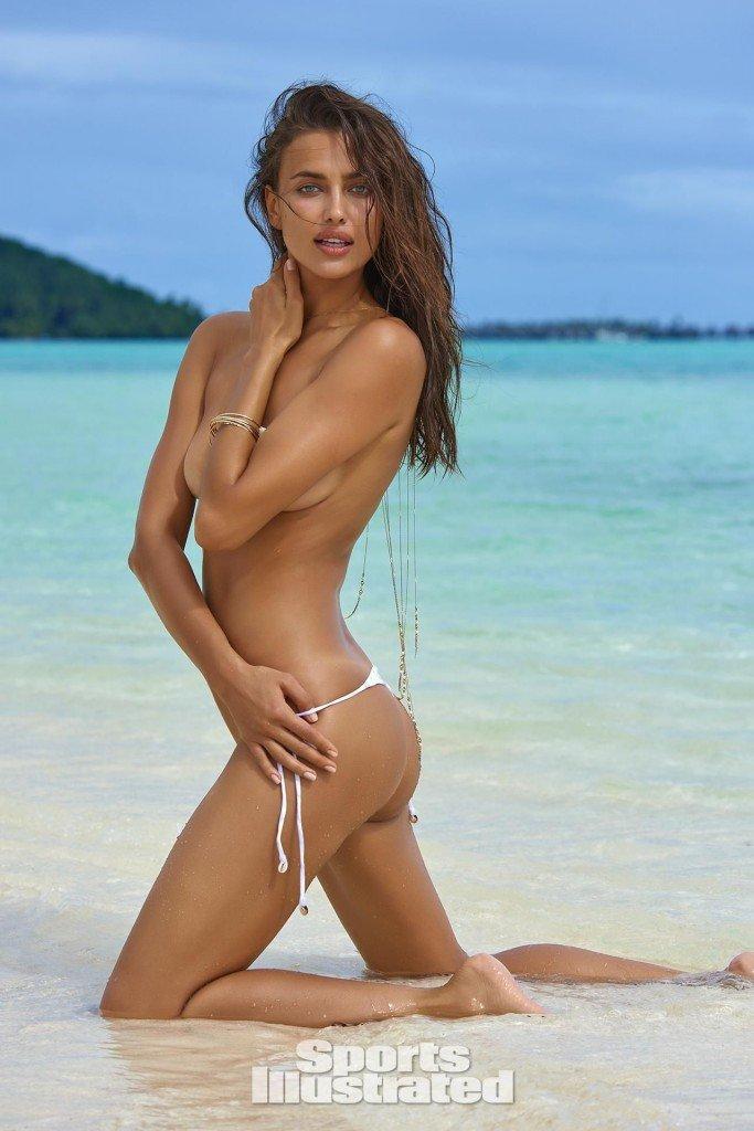 Irina-Shayk-Sexy-Topless-21