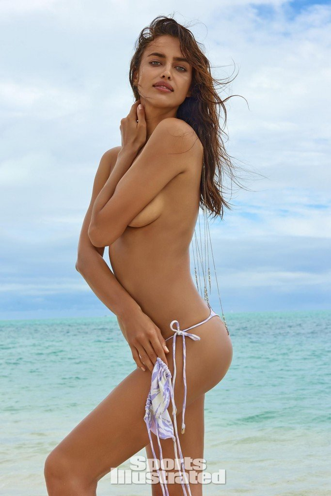Irina-Shayk-Sexy-Topless-23