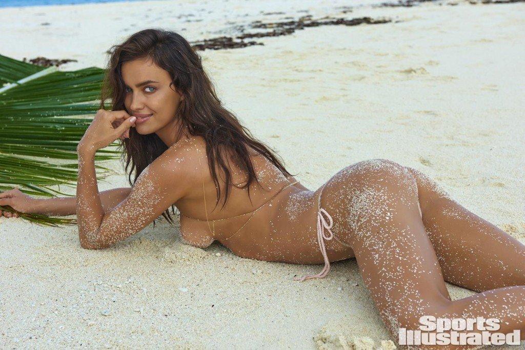 Irina-Shayk-Sexy-Topless-8