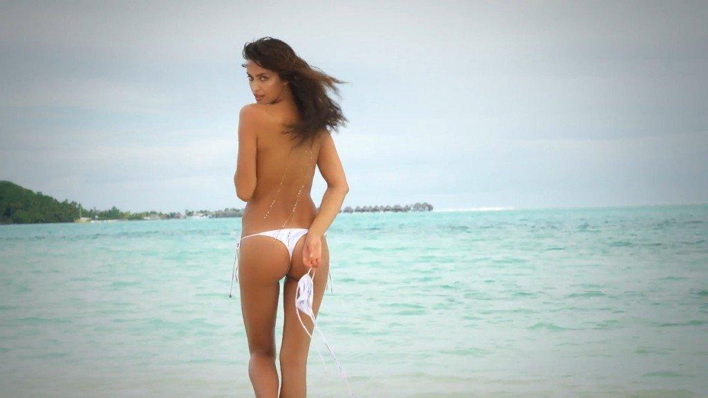 Irina-Shayk-Sexy-Topless-Intimates-40