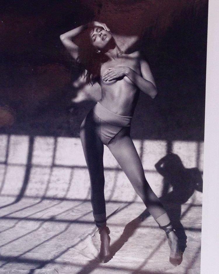 Irina Shayk Topless (3 Photos)