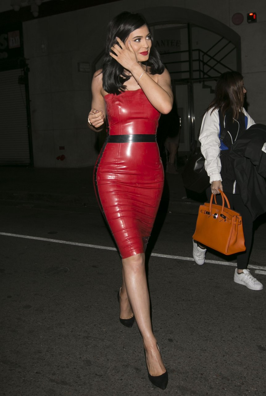 Holly Halston Latex for kylie jenner in a red latex dress (42 photos) | #thefappening