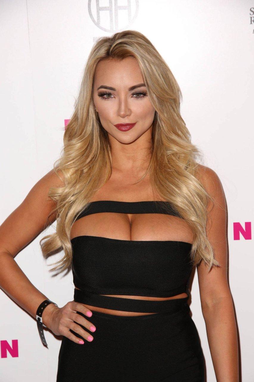 Lindsey Pelas Sexy (8 Hot Photos) | #TheFappening