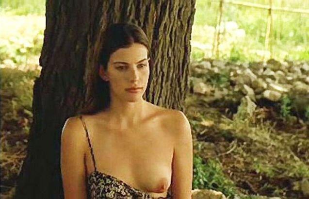 Laura nubiles nude model