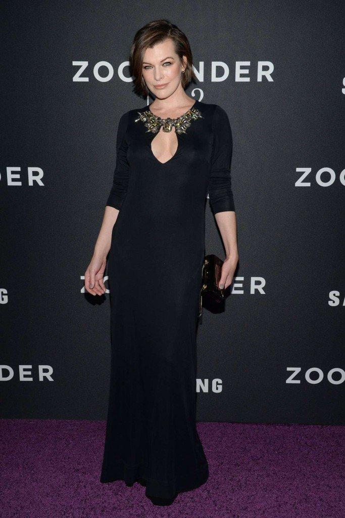 Milla Jovovich Braless (14 Photos)