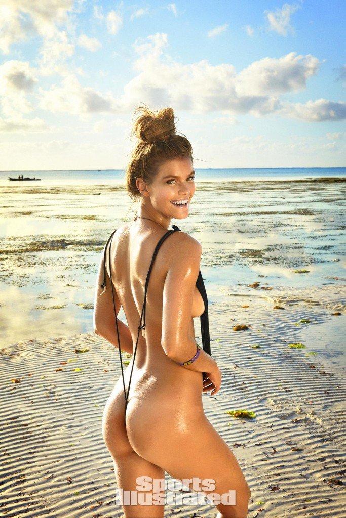 Nina-Agdal-Sexy-Topless-1